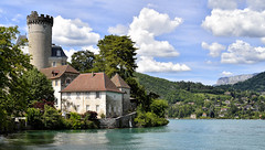 Castle Ruphy in colors (Thierry.Vaye) Tags: château ruphy chateauvieux duingt annecy lac castle