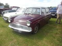1960 Ford Anglia (quicksilver coaches) Tags: ford anglia 105e leg732 willington