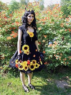 Blumenmädchen / Flower girl