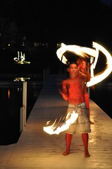 Fire Twirling (Bertahan Luxing) Tags: usa fire firetwirling
