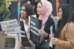 2016 Chanukah Action: Young Muslim Women