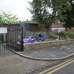 No Dumping Sign - Mitchley Road N17 thumbnail