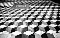 Certosa di Padula particolare pavimento cappella (gianclaudio.curia) Tags: padula certosa pavimento digitale nikon d3000 bianconero blackwhite b