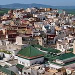 La ville sainte de Moulay Idriss Zerhoun, province de Meknès, Maroc. thumbnail