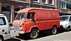 Saviem TP3 1978 (XBXG) Tags: jk627p saviem tp3 1978 saviemtp3 4x4 4wd renault super goélette sg2 trm 1200 van utilitaire bestel wagen bestelwagen bestelbus fourgonnette camionnette tactique service départemental incendie et de secours moselle wittenstraat dewittenstraat westerpark red rood rouge brandweer feuerwehr sapeurs pompiers amsterdamwest amsterdam nederland holland netherlands paysbas vintage old classic french car auto automobile voiture ancienne française vehicle outdoor