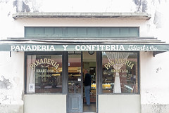 Panaderia y Confiteria Idiart desde 1922 (BlueVoter - thanks for 1.8M views) Tags: sanantoniodeareco bakerey panaderia confiteria candystore