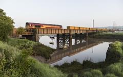 An Early Start (powern56) Tags: seamills seamillscreek riveravon bristol railwaybridge railway train freighttrain dbcargo class66 66156 severnbeachline severnside binliner 6a03
