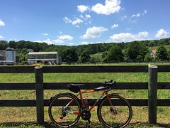 Dry Mill Road Leesburg (Mr.TinDC) Tags: biking va virginia wod wodtrail leesburg fence farm farmland rural barn bike bicycle allcity machomandisc