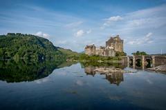 Castle in the Morning (Evoljo) Tags: eileandonancastle scotland reflection castle loch donan sky uk bridge water trees building nikon d500