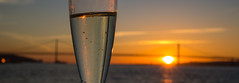 Celebrating sunset (Infomastern) Tags: 25deabrilbridge 25thofaprilbridge lisboa lisbon lissabon ponte25deabril portugal riotejo river tagus tagusriver bridge bro flod ponte vatten water