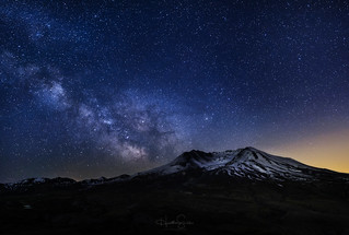 Milky Way over Mount St. Helens