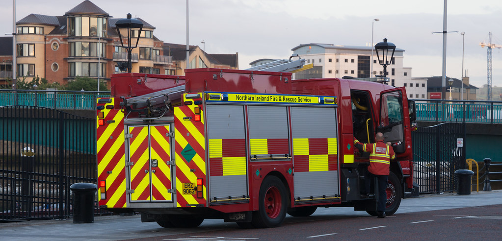 NORTHERN IRELAND FIRE AND RESCUE SERVICE IN BELFAST [SRT APPLIANCE]-129109