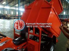 Kontainer Sampah Fiberglass Besi – Daftar Harga Jual Pabrikan Murah (Ramdhani Jaya) Tags: news bak sampah kontainer tong fiber