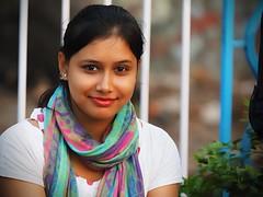 Kolkata - Indian beauty (sharko333) Tags: travel voyage reise street india indien westbengalen kalkutta kolkata কলকাতা asia asie asien people portrait woman scarf olympus em1