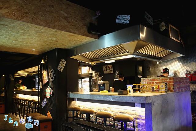 吽Home燒肉 IG打卡推薦!擺盤超美.飲料會發光,專人服務讓你盡情享受美味燒肉。吽Home燒肉Grill&Bar市民店【捷運忠孝敦化】 @J&A的旅行