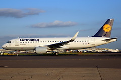 D-AIWA A320 7681 LHR 16-Jun-17 (K West1) Tags: daiwa a320 7681 lhr 16jun17