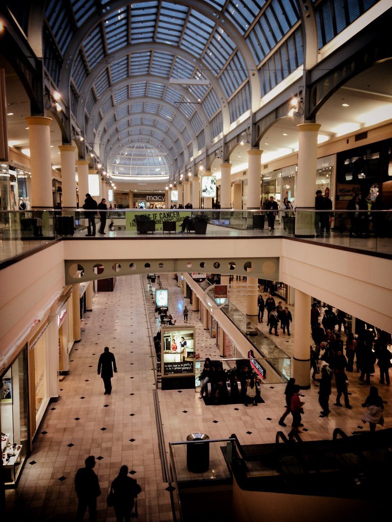 The World\'s Best Photos of rooseveltfieldmall - Flickr Hive Mind
