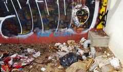 Keep Clean! (Exile on Ontario St) Tags: keep clean chinatown placesunyatsen public place sunyatsen sun yat sen montreal square park parc montréal quartierchinois graffiti quartier chinois trash déchets filth propreté cleanliness saleté dirty dirtyness dirt garbage poubelle poubelles fence clôture