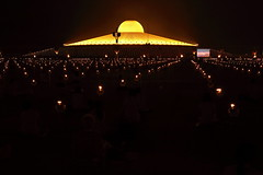 "Wat dhammakaya (g e r a r d v o n k เจอราร์ด) Tags: artcityart art asia asia"" asian architecture architectuur buddha canon city colour canon5d3 dhammakaya expression eos earthasia flickrsbest fantastic flickraward golden lifestyle land monk ngc newacademy outdoor orange totallythailand photos people reflection stad this travel thailand thai tempel temple unlimited uit urban whereisthis where wat yabbadabbadoo yellow 攝影發燒友"