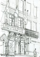 Porto, devant le marché (Croctoo) Tags: croctoo croquis croctoofr crayon portugal porto ville