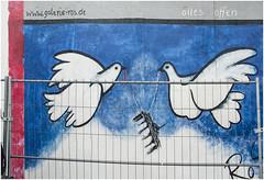 0378- 39 - EAST SIDE GALLERY - BERLÍN - (--MARCO POLO--) Tags: ciudades arte murallas murales pinturas graffitis rincones