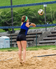 2017-06-05 BBV Women's Doubles (11) (cmfgu) Tags: craigfildespixelscom craigfildesfineartamericacom baltimore beach volleyball bbv md maryland innerharbor rashfield sand sports court net ball outdoor league athlete athletics sweat tan game match people play player doubles twos 2s women woman