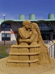 Titanic sand sculpture (Nekoglyph) Tags: publicart film movie redcar sand cleveland teesside summer sculpture festival 2017 coatham seaside jeroenadvocaat titanic tunedin ship mkmbuildingsupplies green blue chimneys funnels railing prow bow