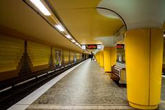 U-Bahn-Station Messberg (p.schmal) Tags: olympuspenepm2 hamburg altstadt