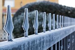 Frozen Fence (pepsamu) Tags: winter cold invierno frío fence verja metal hielo ice ávila canon canonistas 1100d sanpedrodelarroyo moraña