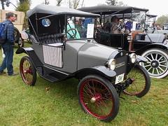 1914 Trumbull 15B Roadster (splattergraphics) Tags: 1914 trumbull 15b roadster cyclecar carshow aacaeasterndivisionfallmeet antiqueautomobileclubofamerica hersheypa
