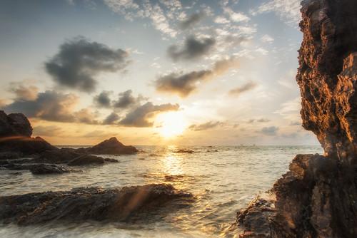 Batu Layar Sunrise