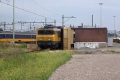 1756 + 1xxx - ns - mt - 12707 (.Nivek.) Tags: 1756 1700 ns nsr maastricht wasstraat