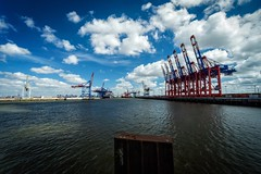 Into the great wide open (Nikonphotography D750) Tags: petroleumhafen hamburgwaltershof sony sonyphotography sonyalpha sonyalpha6000 sonyilce6000 landscape flickrnature landschaftsfotografie sky himmel explore wolken clouds containerterminal hamburghafen igershamburg harbor hafen hamburg hamburgmeineperle containerterminalhamburg hamburgerecken thisishh