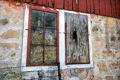Barn windows (citrusjig) Tags: pentax k3 sigma1020mmf456 barn manualfocus wisconsin