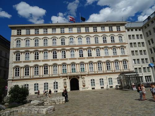 Wien, 1. Bezirk (the art of listed palais buildings at the center of downtown Vienna), Herrengasse/Leopold-Figl-Gasse/Minoritenplatz (Außenministerium - Ehemalige Niederösterreichische Landesregierung)