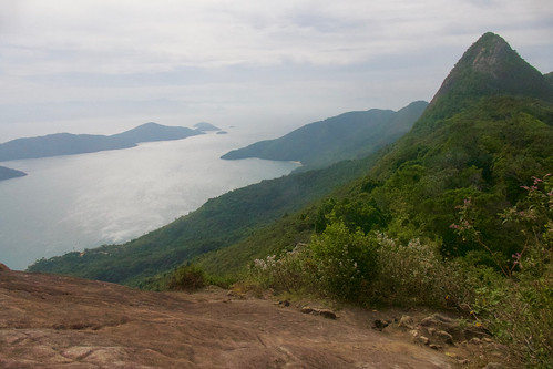 brazil-paraty-view-from-top-of-pao-acucar-copyright-pura-aventura-thomas-power