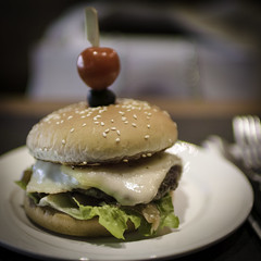 burger (mamuangsuk) Tags: burger homemadeburger cheeseburger hamburger fastfood junkfoodoptimized bun sesamseeds raclettecheese batavia foodies itakephotosofmyfood americanheritage raykroc sanbernardino caramelizedonions ketchup mustard square mamuangsuk sigmasa30mmf14arthsm