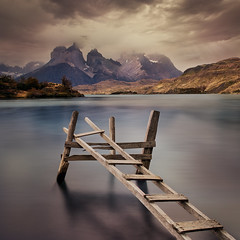 The ladder (beaugraph) Tags: patagonia chile landscape pehoé lakepehoe longexposure torresdelpaine square peaceful
