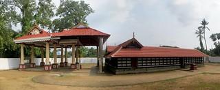 Sree Kannampuzha Bhagavathy Temple, Chalakudy 3