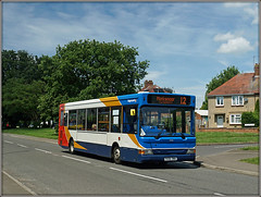34816, Braunston Road (Jason 87030) Tags: 12 2017 px06dwa 34816 stagecoach slf pointer dennis dart town centre northants daventry northamptonshire weather cars parked road roadside sony alpha a6000 ilce nex lens tag flickr