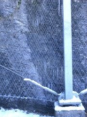 ...apparatus... (project:2501) Tags: wengen jungfrauregion suisse switzerland snow ski travel train bahn wengernalpbahn mountainrailway cograilway railwaylines traintracks antiavalanchefence fence apparatus streetfurniture alpinetechnology alpineinfrastructure windows view aroomwithaview theviewfromhere inthemountains mountains mountain