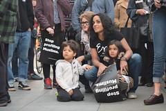 2016 Chanukah Action - Mother & Kids