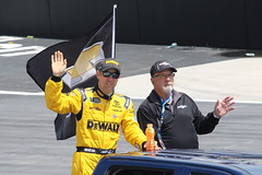Matt Kenseth saying hello to the Bristol crowd (Hazboy) Tags: hazboy hazboy1 tennessee bristol motor speedway auto car racing nascar food city 500 monster series april 2017 race racetrack