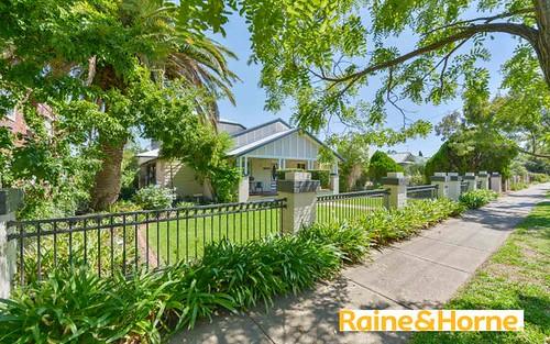 77 Upper street, Tamworth NSW