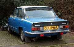 SBH 196R (Nivek.Old.Gold) Tags: 1977 triumph dolomite 1500 hl
