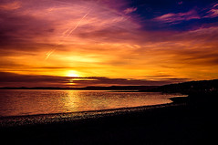 Scotland Colours (Brian Travelling) Tags: scotland sunset sunsetsandsilhouettes water firthofclyde silhouette beautiful beach pentaxkr pentax pentaxdal peaceful peace beauty