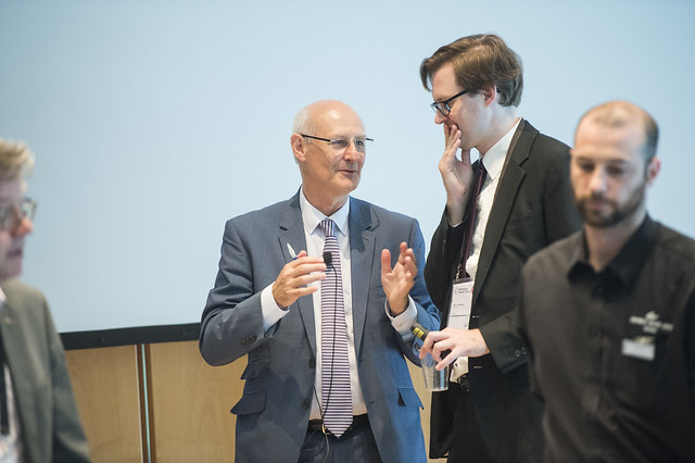 Alan McKinnon and Patrik Akerman exchanging views