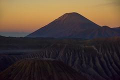 s 2017 May20_Mount Semeru Sunrise_DSC_1765 (Andrew JK Tan) Tags: 2017 indonesia travel bromo semeru volcano