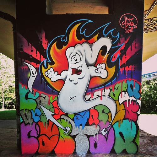 It's coming like a #ghosttown / #Art by #Castar - #brussels #Belgium #streetart #graffiti #streetartbel #streetart_daily #urbanart #urbanart_daily #graffitiart_daily #graffitiart #streetarteverywhere #mural #wallart #bxl #ilovestreetart #igersstreetart #i