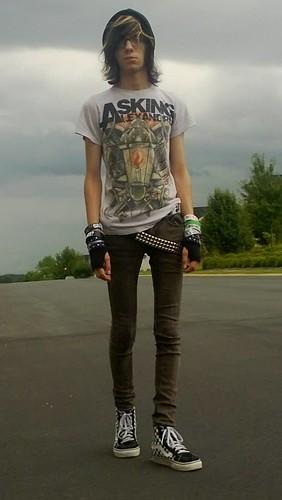 Skinny Jeans Vans SK8 Hi - a photo on